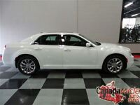 2015 Chrysler 300 LIMITED/AWD/NAVIGATION/SUNROOF/LEATHER