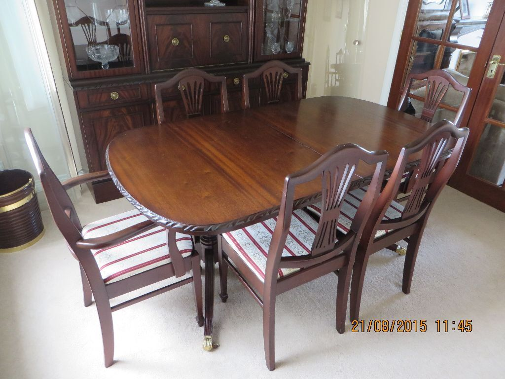 Dining Room Table Chairs And Display Cabinet