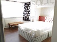 480pm Big double room for single person only in Palmers Green area