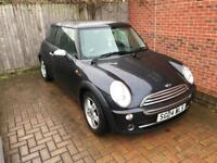 2004 MINI ONE 1.6 BLACK (82,000 Miles) **PANORAMIC ELECTRIC SUNROOF** NEW MOT!