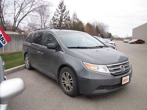 2011 Honda Odyssey EX-L..1 OWNER..WITH REAR ENTERTAINMENT SYSTEM