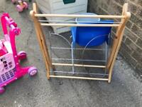 Moses basket collapses