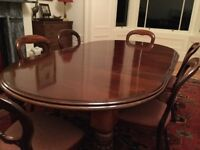 Victorian mahogany dining table, four to eight places