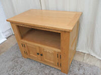 Oak TV Cabinet 2 door