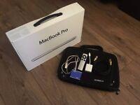 """13"""" Apple Macbook Pro Mac Book (Mid-2009) 160 2.2 & Accessories, Remote & Box - Bought 2010 - 13.3"""
