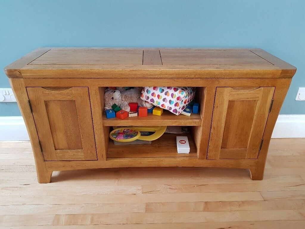 Magnificent Solid Wood Tv Cabinet Excellent Condition In Old Trafford Manchester Gumtree Download Free Architecture Designs Grimeyleaguecom