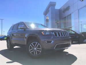 2017 Jeep Grand Cherokee LIMITED 4X4 LOW KM, SUNROOF, LEATHER IN