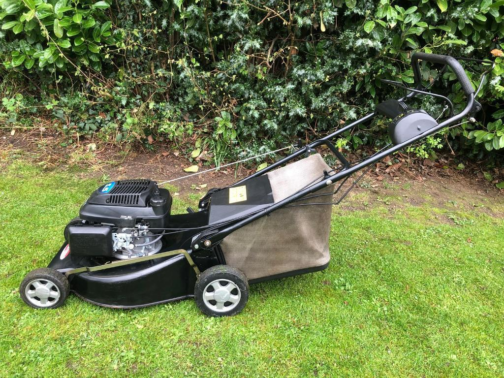 Lawn King Rl 534 Tr Lawnmower Powered By A Honda 5 5