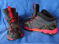 Merrell Gore-Tex walking/hiking boots size 7.5