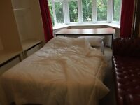Large double rooms 5 mins town centre Asda university campus Lansdowne busses nightlife bars clubs