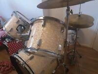 Axl drum kit