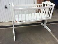 White Baby rocking crib cot bed