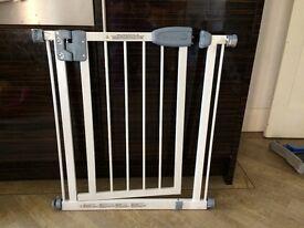 Tippitoes narrow baby gate