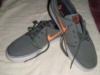 Mens Nike Skate Shoe