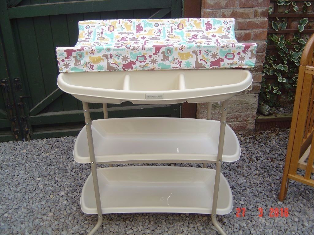 REDUCED* Mamas & Papas Baby nappy changing station/table/unit with ...