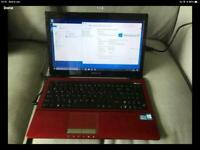 Asus X53E 600gb Hdd 3gb Ram i5 2.4Ghz Win10