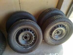 VOLKSWAGEN PASSAT WINTER TIRES AND RIMS 215/60R/16 CONTINENTAL WINTER CONTACT ** MINT LIKE NEW ** STOCK# 2S33