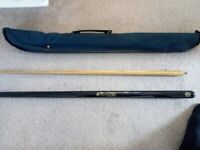 Jimmy White 2 Piece snooker cue, collectable