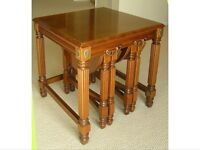 Set of coffee and 2 folding side tables