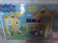 Peppa Pig Deluxe House Construction Set Boxed with instructions Nearly New