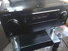 Pioneer SC-LX87 AV Amp ( Audiophile grade and in Mint ++ condition)