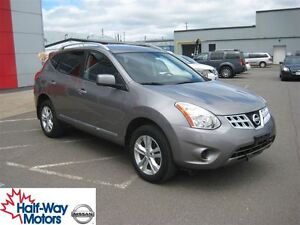 2013 Nissan Rogue SV | Utility and Economy!