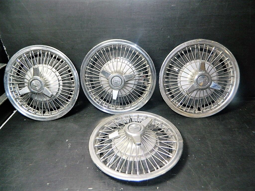 LOT OF 4 VINTAGE OEM CHEVY WIRE SPOKE SPINNER HUBCAP WHEEL COVER