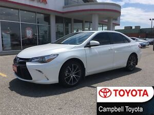 2015 Toyota Camry XSE ONLY 12,433 KM'S--NAV--ROOF--BSM
