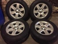 MAKE ME AN OFFER! Mint Landrover alloy wheels and tyres 5x120 transporter vivaro traffic 3 x5 amarok
