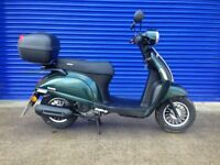 2017 SINNIS ENCANTO 50CC RETRO SCOOTER , ONLY 200 MILES & HPI CLEAR