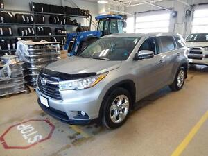 2016 Toyota Highlander Limited Luxury redefined