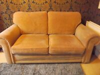 2 MATCHING SOFAS - Quality and great condition
