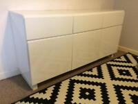 WHITE HIGH GLOSS STORAGE UNIT/CABINET - NEEDS TO BE SOLD URGENTLY