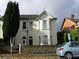 Spacious and well presented 5 double bedroom house