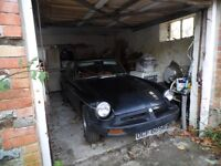 1976 Black MG B GT