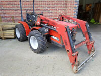 Antonio Carraro TTR 4400 HST compact 38HP tractor with Lewis loader