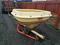 Tractor vicon wagtail fertiliser spreader in very good condition