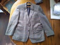 Mens Tweed Suit Jacket / Blazer Very Good Condition Made by Hodges in Britain 42'' Chest 29'' long