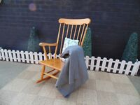 SOLID PINE ROCKING CHAIR VERY HEAVY CHAIR AND IN EXCELLENT CONDITION 59/44/98 cm £60