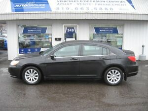 2011 Chrysler 200 LX  Auto