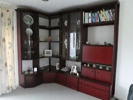 High quality Wall Unit/Display cabinet and separate hi-fi unit in mahogany by Hulsta