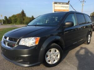 2012 Dodge Grand Caravan SE/SXT DVD with Dual Zone Air, Rear...