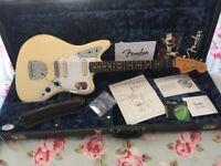 Fender Johnny Marr Jaguar Electric Guitar Olympic White. Gibson Jazzmaster 62 65 Vintage Strat Tele