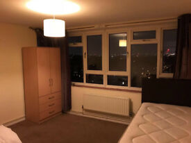 Lovely light filled apartment with stunning views £650 pcm bills included move in ASAP!