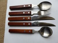 Old Hall cutlery with wooden handles (6 place settings)