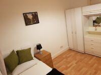 Nice 2 single rooms next to Leyton station