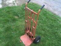 heavy duty sack trolley with third wheel