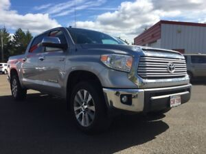 2015 Toyota Tundra Crew Max Limited ! Everything you want and ne