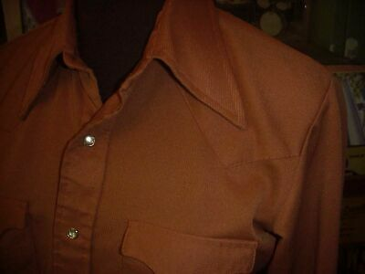 1970s Men's Shirt Styles – Vintage 70s Shirts for Guys MEN'S 1970'S Western Pearl Snap Button SHIRT SM 38  Polyester  $14.99 AT vintagedancer.com