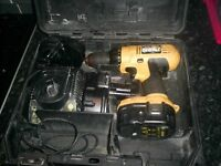 dewalt 14.v drill with 3 batteries and charger